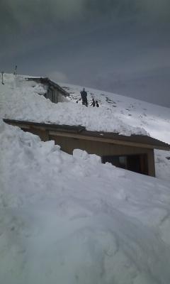雪かき開始〜